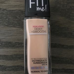 Maybelline Fit Me Dewy & Smooth (115- Ivory)